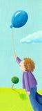 Ragazzino nella sosta che tiene aerostato blu royalty illustrazione gratis