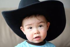 Ragazzo in cappello del cowboy Immagini Stock Libere da Diritti