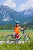 Ragazzo con la bici Fotografia Stock