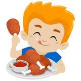 Ragazzo del bambino che mangia Fried Chicken Immagini Stock Libere da Diritti