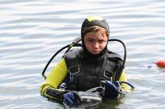 Ragazzo di immersione subacquea fotografie stock
