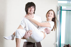 Ragazzo e ragazza dai capelli lunghi con il sorriso Immagini Stock Libere da Diritti