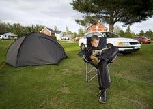 Ragazzo e tenda Immagini Stock Libere da Diritti