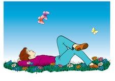 Ragazzo in erba con le farfalle   Fotografie Stock Libere da Diritti