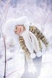 Ragazzo nell'inverno Immagini Stock