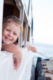 Ragazzo su una nave Immagine Stock