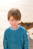 Ragazzo sulla spiaggia Fotografie Stock Libere da Diritti