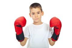 Ragazzo triste con i guanti di inscatolamento Fotografia Stock Libera da Diritti