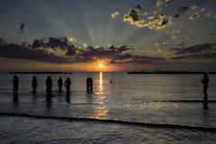 Raggi del sole all'alba Immagini Stock