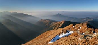 Raggio di sole in montagna Hight ad ovest Tatra immagine stock libera da diritti
