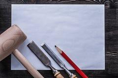 Raggiro di carta pulito della costruzione della matita di legno del martello degli scalpelli più costanti Immagine Stock