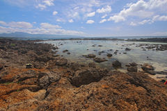 Raggruppamenti di marea di Pupukea sul puntello del nord di Oahu Fotografia Stock