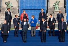 Raggruppi la foto dei partecipanti della sommità di alleanza militare di NATO fotografia stock