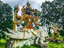 Ragman-Statue, der Charakter in der thailändischen Literatur, das schönste und das grausam lizenzfreie stockfotografie
