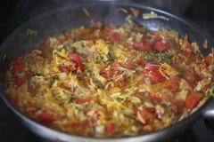 Ragoût végétal chaud dans la poêle Image stock