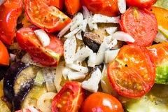 Ragoût dans une casserole de légumes Photographie stock libre de droits