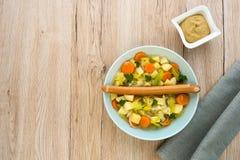 Ragoût de saucisse avec la saucisse de francfort Photographie stock libre de droits