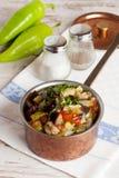 Ragoût végétal délicieux dans une casserole Images libres de droits