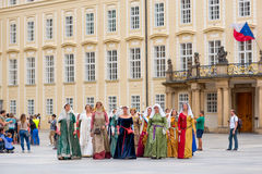 RAGUE,捷克- 2016年9月04日:著名人士的高尚的妇女 免版税库存照片