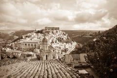 Ragusa Ibla, Sicilien - monokrom Royaltyfria Foton