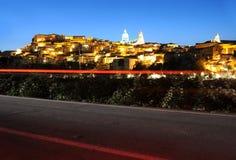 Ragusa, Sicília na noite imagens de stock