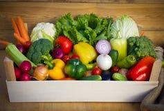 Kiste mit Gemüse Stockfotografie