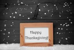 Rahmen mit Gray Background, glückliche Danksagung, Schnee, Schneeflocken Stockfotografie