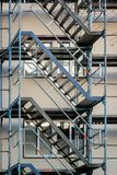 Rahmen und Treppenhaus an der Baustelle stockfoto