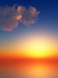 Raias do por do sol no céu Fotos de Stock Royalty Free