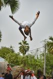 Raibenshe, alternativamente Raibeshe, es un género de la danza marcial popular india realizada por masculino solamente Este gén foto de archivo libre de regalías