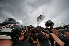 Raiders versus Vikingen panthers Stock Foto