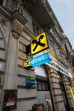 Raiffeisen-Bankfiliale im Herzen von Wien, Österreich Stockfotos