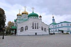 Raifsky Bogoroditskiy mankloster Arkivbild