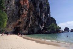 railay rock thailand för strandbildandekarst Fotografering för Bildbyråer