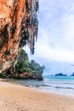 Railay strand i Krabi Thailand askfat royaltyfri bild