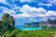 Railey beach, Krabi, Thailand: Beautiful overview with blue water and limestone cliffs stock images