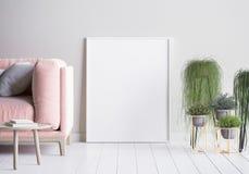 Raillez vers le haut du cadre d'affiche à l'arrière-plan intérieur, style scandinave Image libre de droits