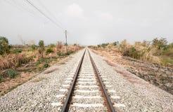 Railroad com ponto, paralela e infinidade de desaparecimento Fotografia de Stock