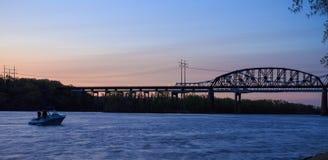Railroad el puente en el parque de estado de Schodack en Hudson River fuera de Albany NY Imagenes de archivo