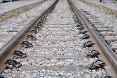 Railroad la prospettiva di modo ed il ciottolo, viaggio concettuale Fotografie Stock
