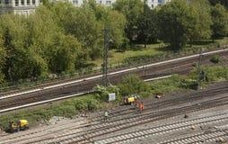 Railtracks i bussgarage Royaltyfria Bilder