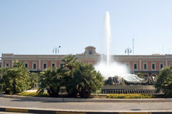 Railway station and fountain in Bari Royalty Free Stock Photography