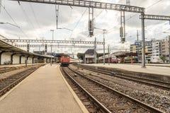 Railyard i Schweiz - HDR Arkivfoton