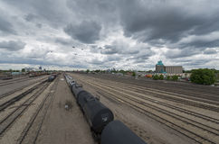 Railyard no dia nebuloso, Minneapolis, Minnesota Foto de Stock