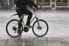 Rain_cycling Fotos de Stock