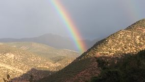 Rainbow. Arc en ciel dans les montagnes de grand atlas Royalty Free Stock Images