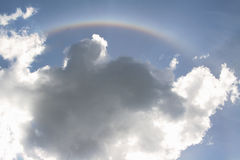 Rainbow in cielo fotografia stock libera da diritti