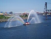 Rainbow del Fireboat Immagine Stock Libera da Diritti