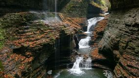 Free Rainbow Falls And Triple Cascade Loop Royalty Free Stock Photography - 117378087