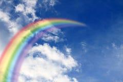 Rainbow nel cielo immagini stock